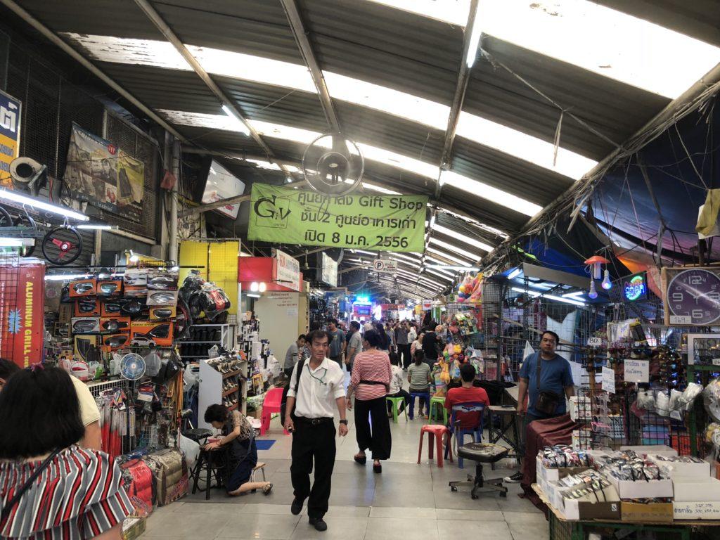 クロントム市場